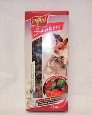 Krackers till smådjur, 2 st kolvar med skogsbär.